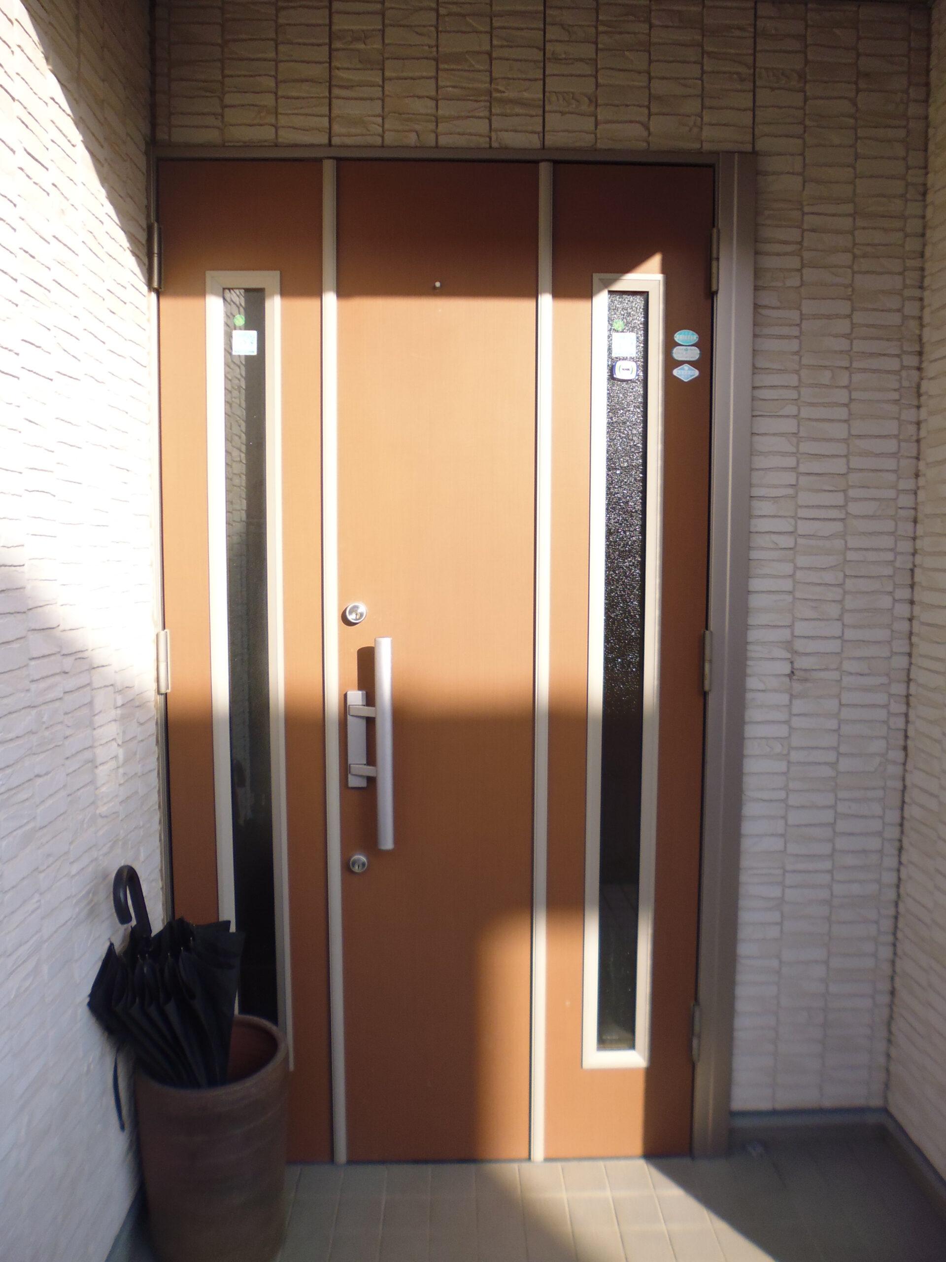 1日で完成!玄関ドア工事のご紹介page-visual 1日で完成!玄関ドア工事のご紹介ビジュアル